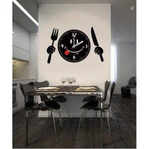 שעון קיר ומדבקה דגם Funny Kitchen