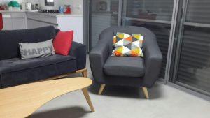 שירן מוצפי שיתפה תמונה של כורסא SOHO
