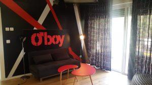 סידרה חדשה בטלוויזיה. ספה נפתחת S3025 ושולחן סלון KARAT