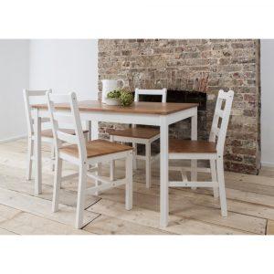 פינת אוכל מעץ מלא הכוללת שולחן עם 4 כיסאות NERON