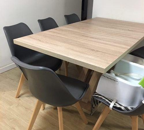 איילת, שולחן AVANT עם כסאות OSCAR