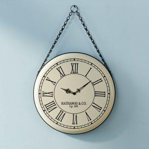 שעון קיר MONTANA במראה וינטג' מרהיב