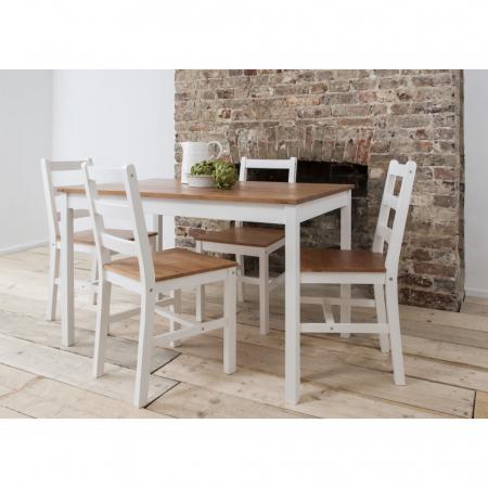 NERON פינת אוכל מעץ מלא כוללת שולחן ו4 כסאות מבית ברדקס